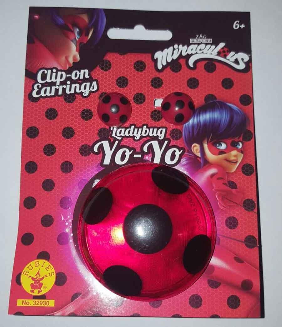 Pendientes y yoyo de Ladybug